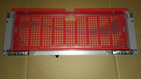 Решетка передняя холодильника iCool 800HC в сборе (красная/серая)